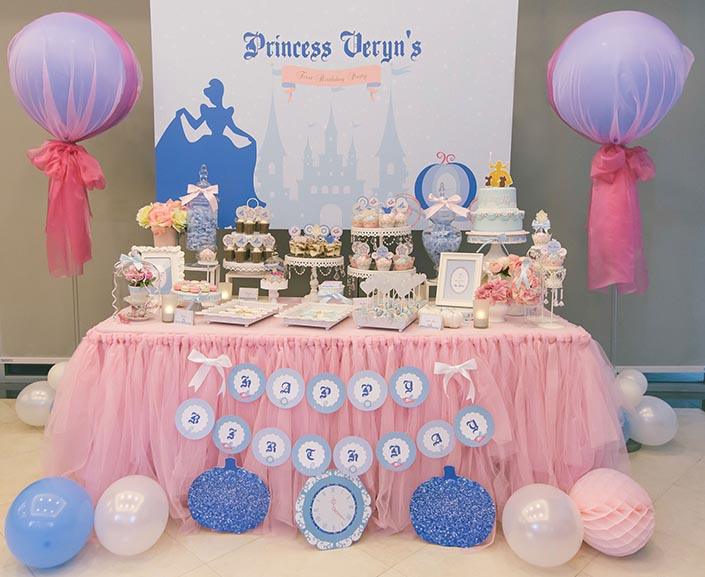 Fairytale-Princess-themed-1-year-old-Birthday-Party-Photography-02