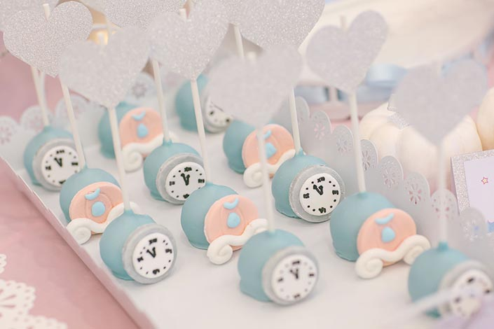 Fairytale-Princess-themed-1-year-old-Birthday-Party-Photography-10