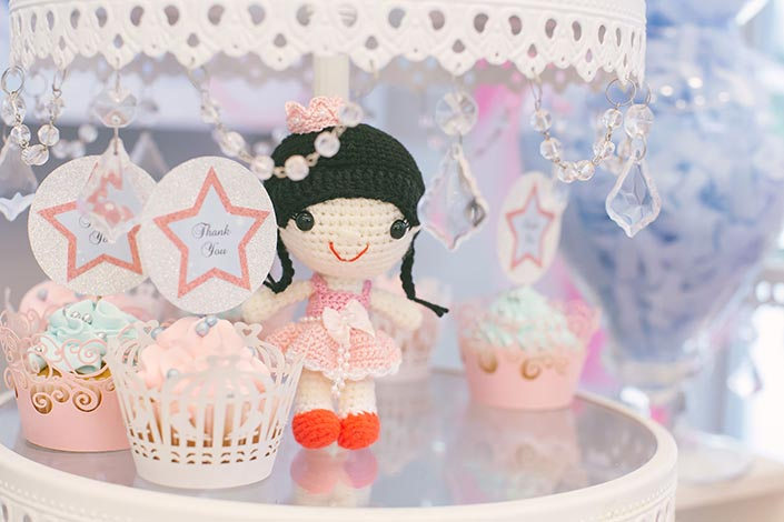 Fairytale-Princess-themed-1-year-old-Birthday-Party-Photography-16