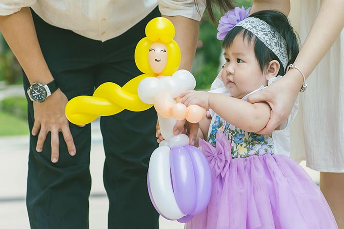 Fairytale-Princess-themed-1-year-old-Birthday-Party-Photography-23
