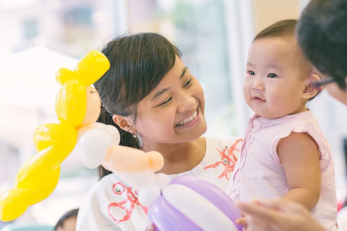 Fairytale-Princess-themed-1-year-old-Birthday-Party-Photography-31