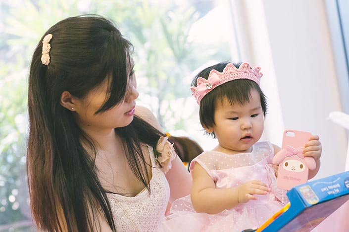 Fairytale-Princess-themed-1-year-old-Birthday-Party-Photography-40