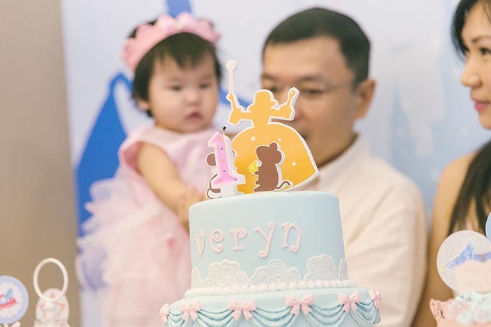 Fairytale-Princess-themed-1-year-old-Birthday-Party-Photography-45