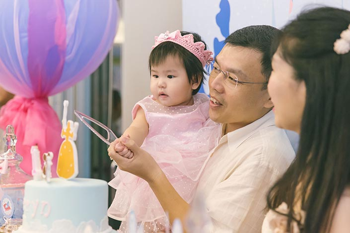 Fairytale-Princess-themed-1-year-old-Birthday-Party-Photography-47