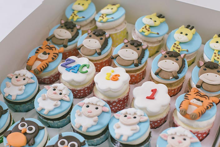 Sweet-Happy-Baby-Animals-themed-1-year-old-Birthday-Party-Photography-39