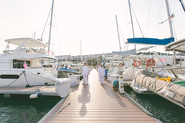 Wedding-Day-Photography-on-Blue-Mountain-Yacht-at-One-Degree-15-015