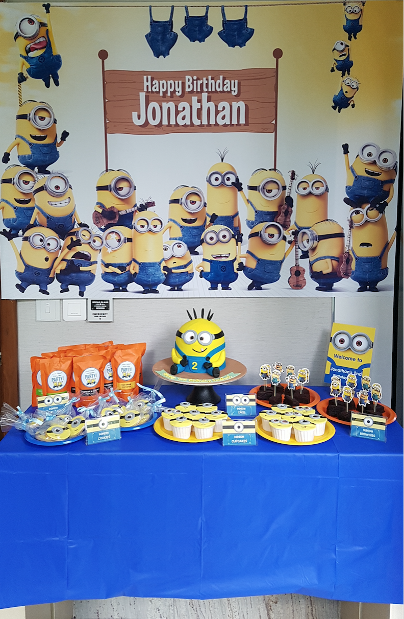 Jonathan's Minion Party11