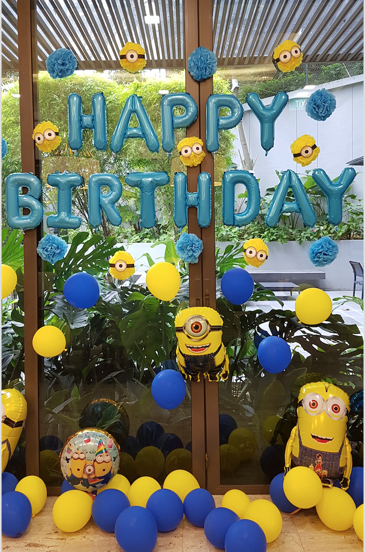 Jonathan's Minion Party12